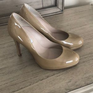 LK Bennett Sledge pump in taupe